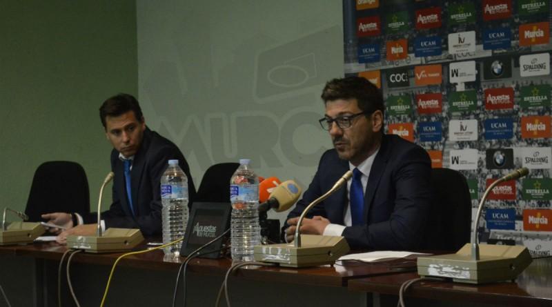 Katsikaris, en rueda de prensa tras el choque